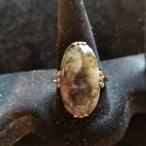 VINTAGE GOLD FILLED 9 green stone ring